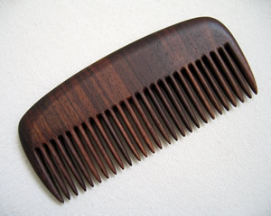 beard comb in walnut