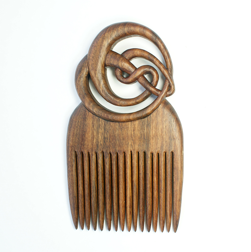 Mac oriental comb in walnut